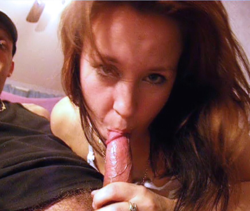 Lil Emma shows her sweet pussy and gives blowjob